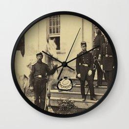 - revue - Wall Clock