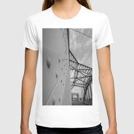 The Arches - Sixth Street Viaduct Bridge - LA 01/30/2016 T-shirt