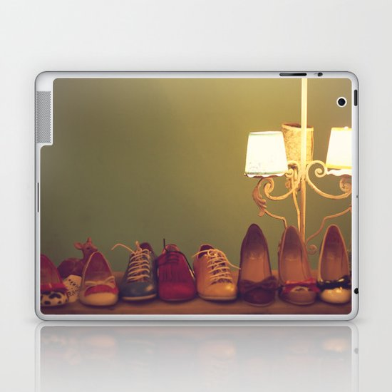 Dancing Shoes and Heels (retro and vintage girly shoes and heels with a lovely lamp) Laptop & iPad Skin