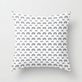 Edna Mode White Pattern nº1 Throw Pillow