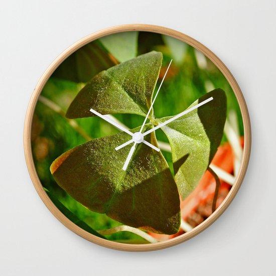 Shamrock closeup Wall Clock