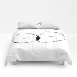 The space in between Comforters