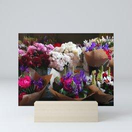 Fresh Spring Flowers/Las Flores de la Primavera Mini Art Print