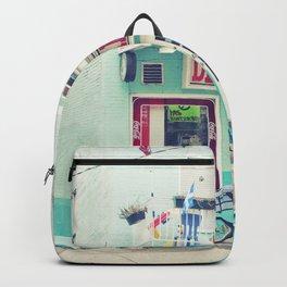 Montreal  - Dépanneur Backpack