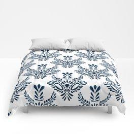 Indigo pattern watercolor Comforters