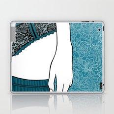 La femme 22 Laptop & iPad Skin