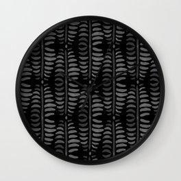 Helecho black pattern Wall Clock