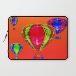 Balloons in front of evening sky ... Laptop Sleeve