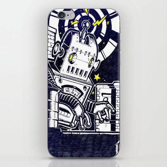ROBO ATTACK! iPhone Skin