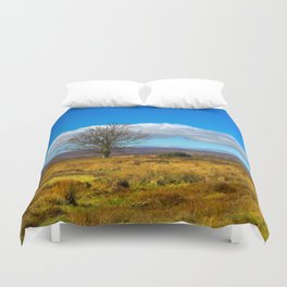 A single tree in The Peak District Duvet Cover