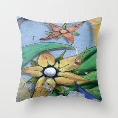 FLORES Throw Pillow
