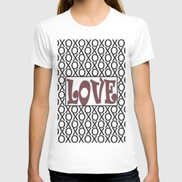 Pantone Red Pear LOVE XOs (Hugs and Kisses) Typography Art T-shirt