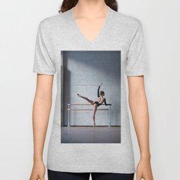 Ballerina Unisex V-Neck