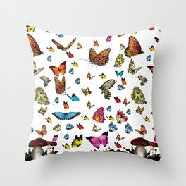 Butterfly´s friends Throw Pillow