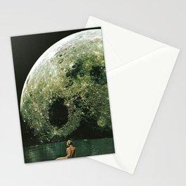 Quel giorno che arrivò la luna al lago mi stavo facendo il bidet Stationery Cards