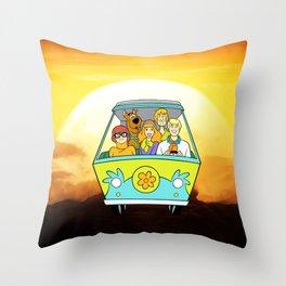 dog scooby sunset Throw Pillow