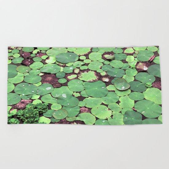 Nymphaeaceae Beach Towel