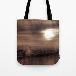 Tarde brumosa Tote Bag