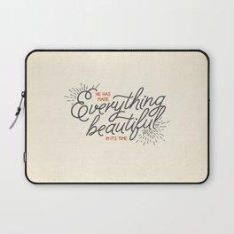 EVERYTHING BEAUTIFUL Laptop Sleeve
