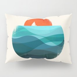 Deep blue ocean Pillow Sham