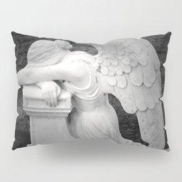 crying angel Pillow Sham