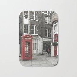Red is everywhere london street england Bath Mat