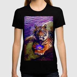 Lotus of the Nile - Purple T-shirt