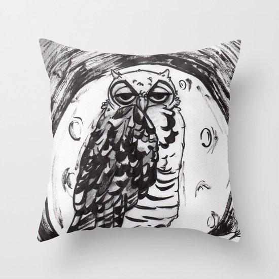 Night Owl v.1 Throw Pillow