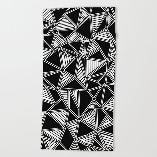 Abstract Outline Lines Black Beach Towel