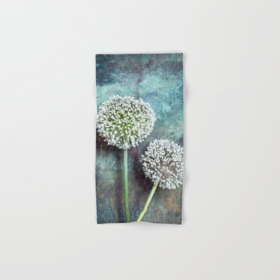 Allium Flowers Hand & Bath Towel