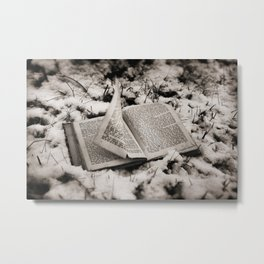 Read To Me Metal Print