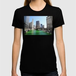 Chicago River Green for St. Patrick's Day T-shirt