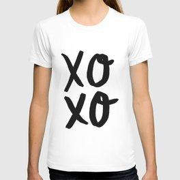 Xo Hugs & Kisses T-shirt