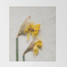 Daffodil 2 Throw Blanket