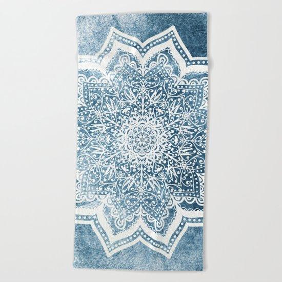 BLUEISH SEA FLOWER MANDALA Beach Towel
