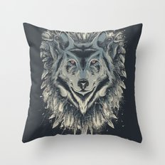 A wolf among ravens Throw Pillow