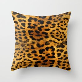 leopard pattern Throw Pillow