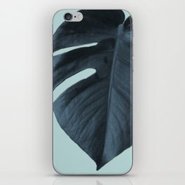 Monstera 01 iPhone Skin