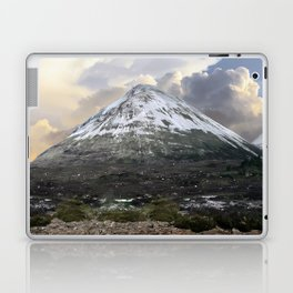 Mountains of Scotland - Isle of Skye Laptop & iPad Skin