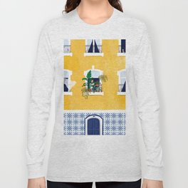 Lisbon girl Long Sleeve T-shirt