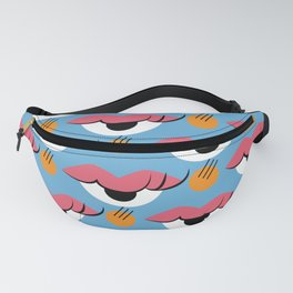 I see a kiss Fanny Pack