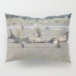Log in dry marsh Pillow Sham