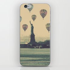 Balloons over Lady Liberty iPhone & iPod Skin