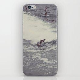 Surf in Arpoador iPhone Skin