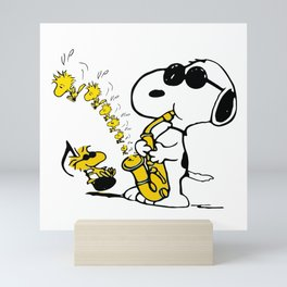 snoopy sing Mini Art Print