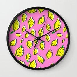 Limones de verano Wall Clock