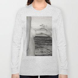 Lesbian Love at Sunrise on the beach Long Sleeve T-shirt
