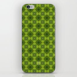 Fragment collection : Green apple iPhone Skin
