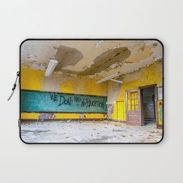 We Don't Need No Education Laptop Sleeve