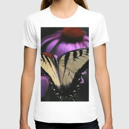Resting Monarch Butterfly T-shirt